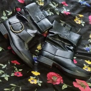 Madden Girl booties size 9.5